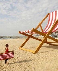 Big Summer U2013 Giant Beach Chair