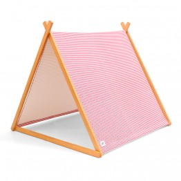 PlayTent_Jaimie_9069_WebSquare