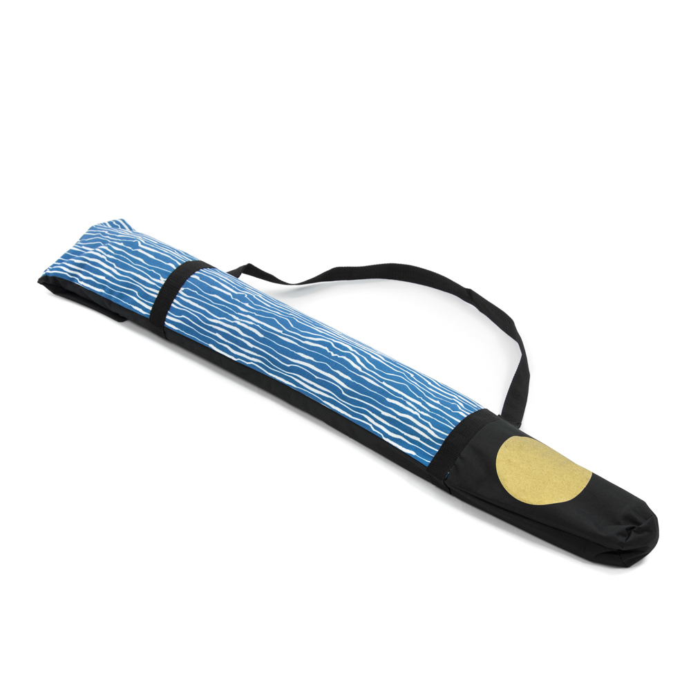 The Wellen print fabric sun umbrella in its handy carry case
