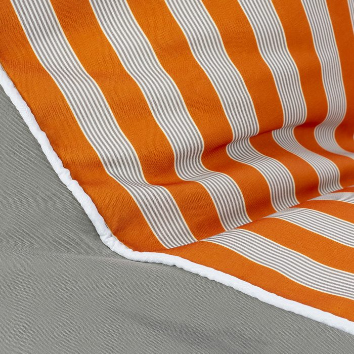 Close up of the retro orange and grey stripe