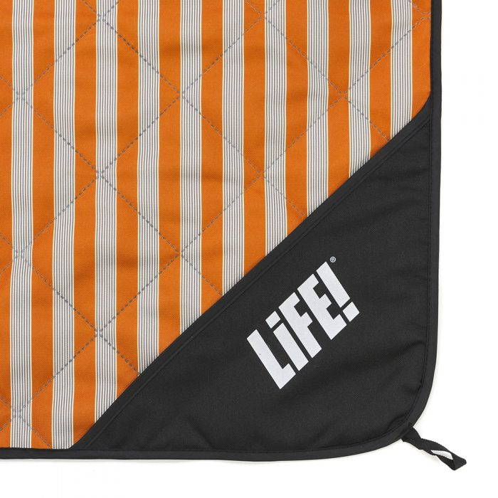 Close up of the LiFE! logo on the privacy pocket on the retro adventure mat picnic blanket